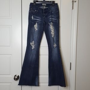 MUDD size 3 flare bell bottom jeans distressed
